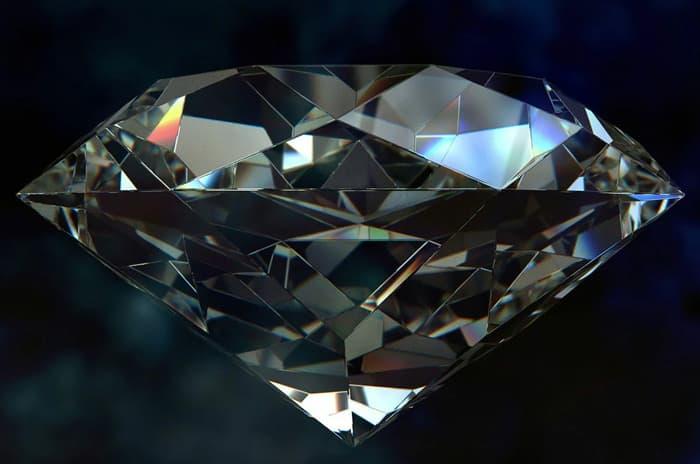 Алмаз: роскошный и несокрушимый