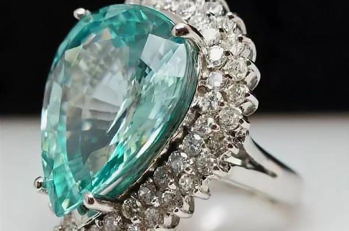 Эвклаз: характеристики и особенности редкого минерала