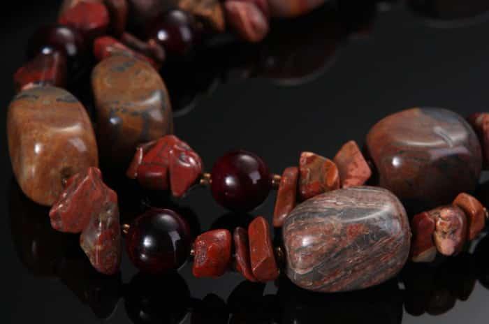Яшма: камень с уникальными свойствами
